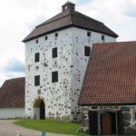 Hovdala_castle_tower